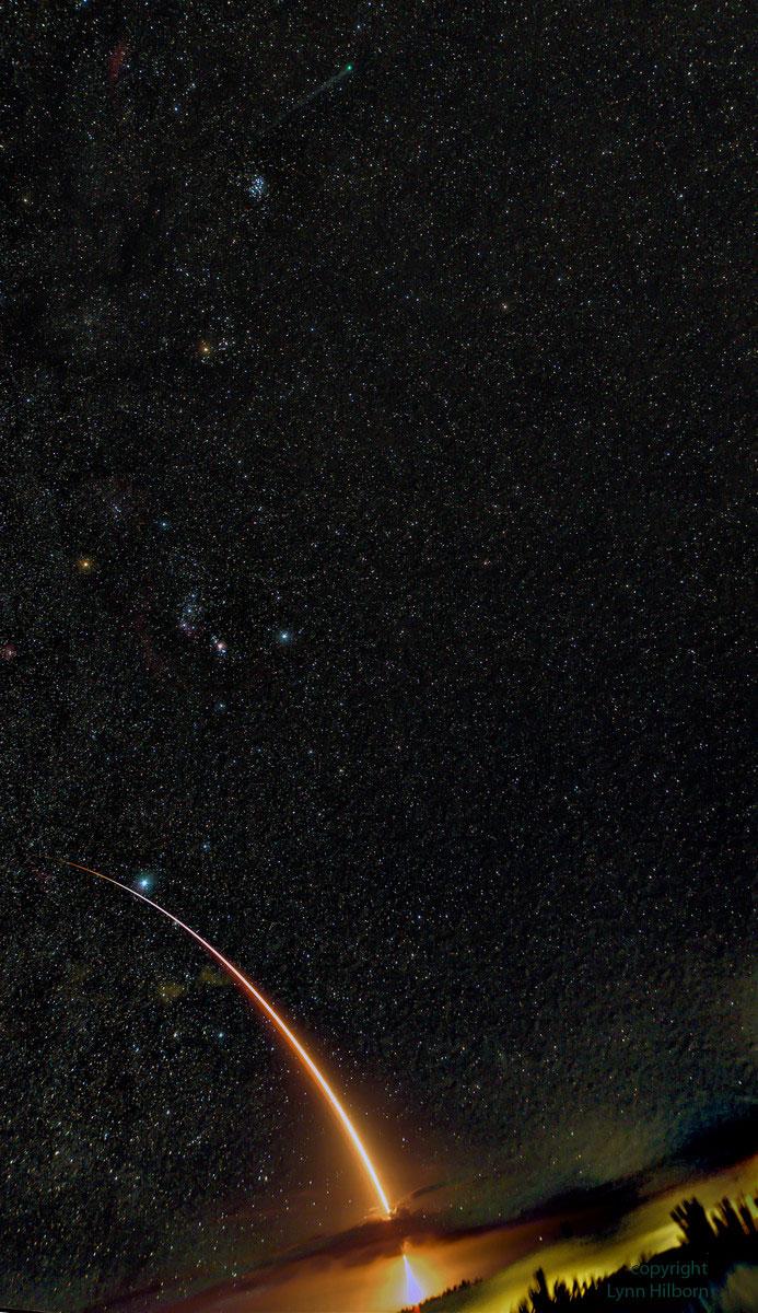 Foguete Atlas V disparado cara o ceo
