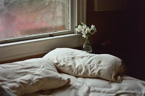 Deixar a cama sen facer é bó para a saúde.