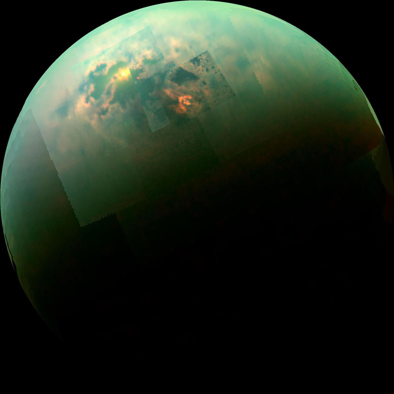 Os mares de Titán reflicten a luz solar