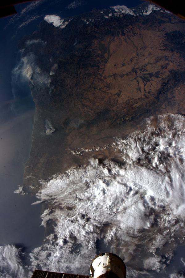 A foto tomada polo astronauta xaponés Yui dende a Estación Espacial Internacional.