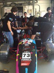 Arranxos finais para preparar o coche en Silverstone.