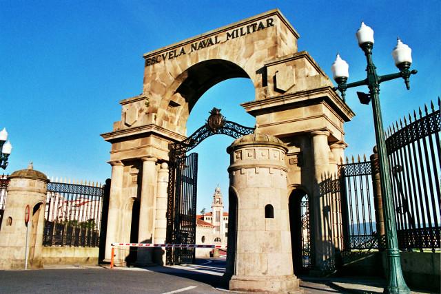 O Centro Universitario de Defensa, en colaboración da UVigo e a Escola Naval de Marín.