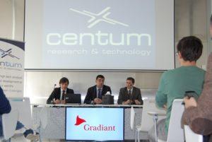 O director da Gain, Manuel Varela; o director de Gradiant, Vázquez Cortizo; e o CEO de Centum, Héctor Estévez.