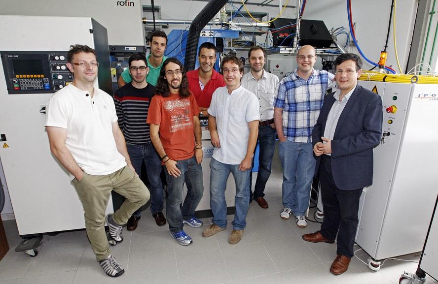 Investigadores do Grupo de Aplicacións dos Láseres da UVigo.