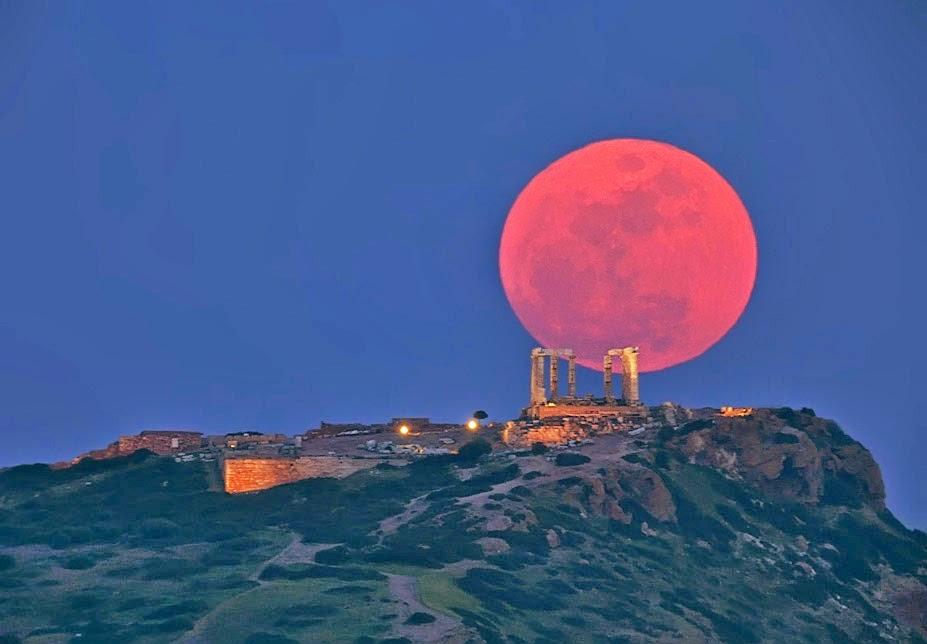 En toda Europa será visible a eclipse da Lúa de Sangue.