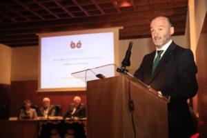 Ramón Doallo durante o discurso de entrada na RAGC.