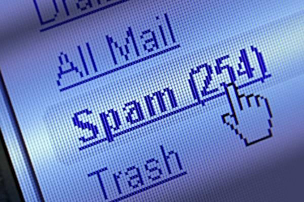 O 60% dos correos electrónicos que se moven no mundo cada día son spam.