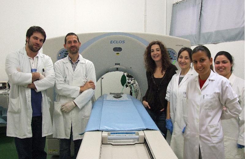 Ana Manuela Azevedo, primeira á dereita, xunto a outros membros do equipo