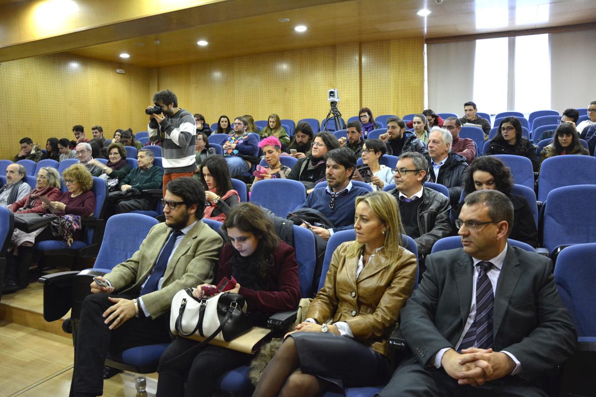 Público asistente a inauguración das xornadas.