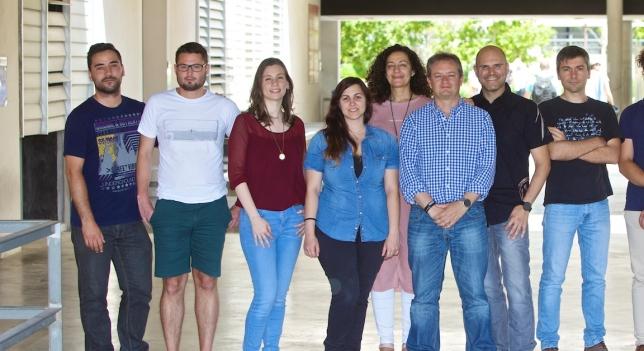 Científicos da Universidade de Alicante.