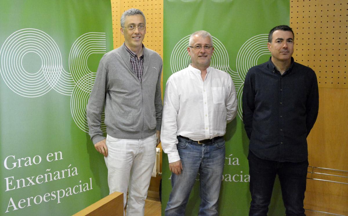 Iván Area, Arno Formella e Diego González deron conta dos avances realizados na implantación da nova titulación.