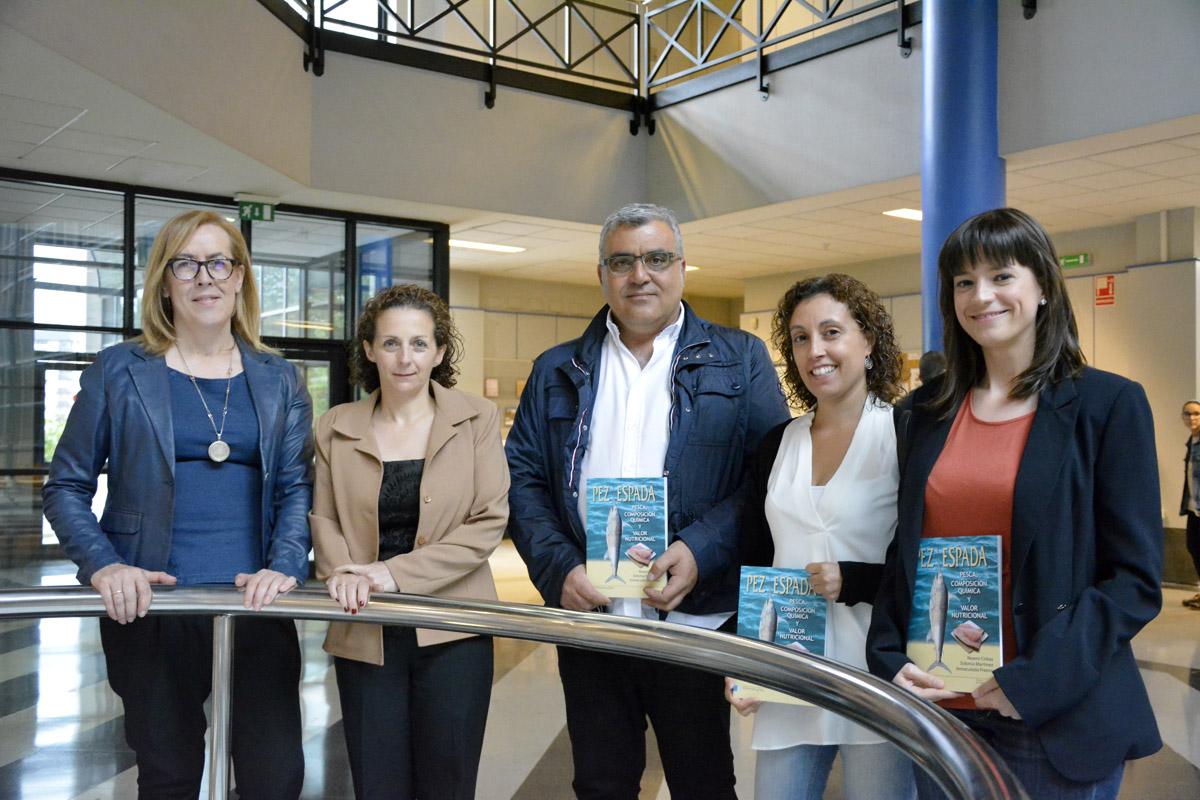 Algúns dos autores do estudo, na presentación celebrada en Ourense.
