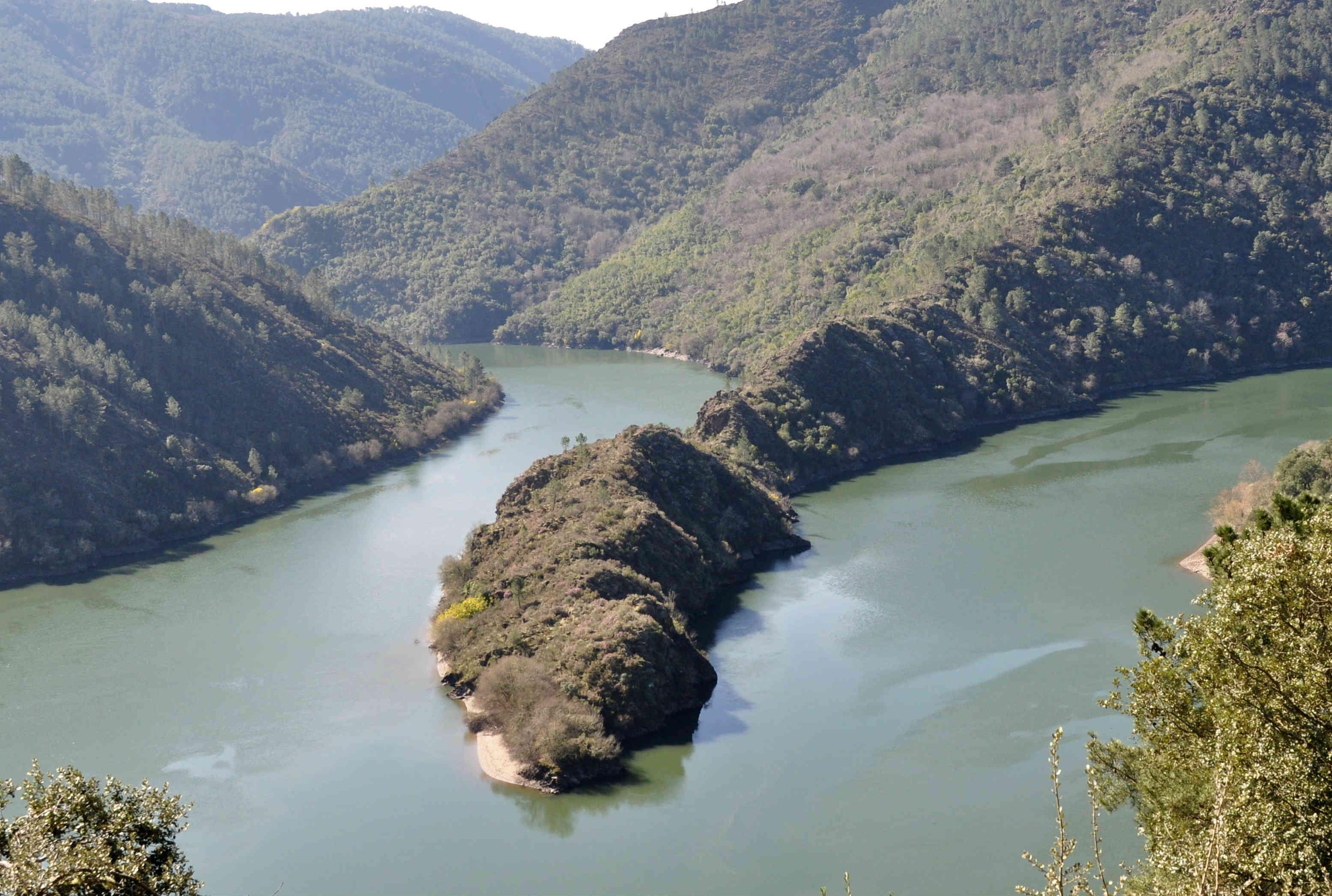 O meandro da Cubela, no río Sil