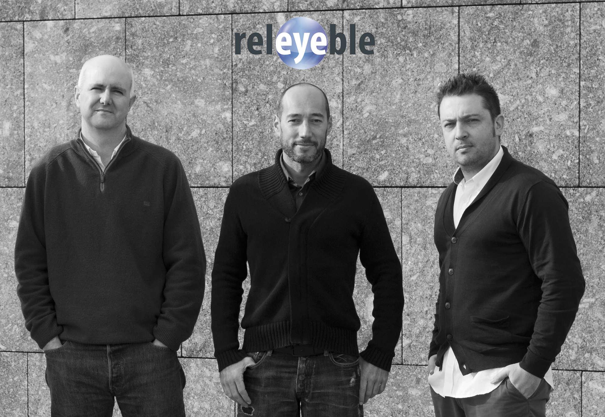 De esquerda a dereita, José Luis Alba, Manuel Ubeira e Elisardo González, impulsores de Releyeble.