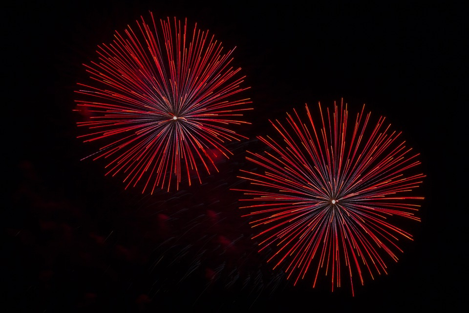 fireworks-873394_960_720