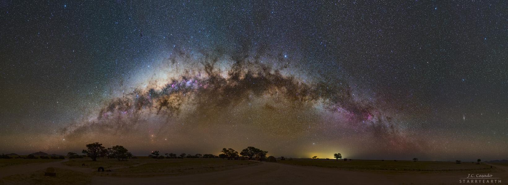 Créditos da imaxe e copyright: Juan Carlos Casado (TWAN, Earth and Stars)