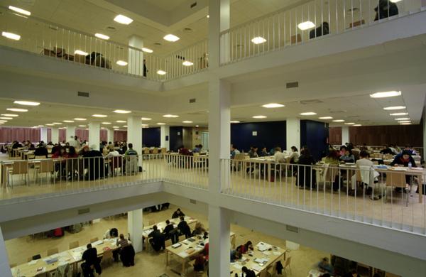 Varias salas de estudo ampliarán o seu horario no período de exames.