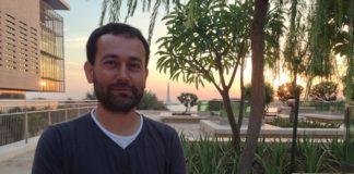 Fran Saborido en el campus de la Universidad de Arabia. Foto: GCiencia