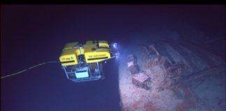 """Os robots submarinos son útiles na industria petroleira, na investigación ou para localizar o """"Titanic""""."""
