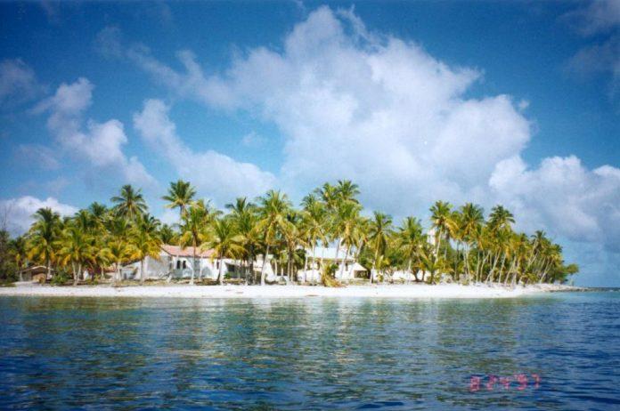 Illa de Amanu, onde chegaron os náufragos da