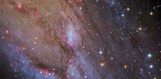 NGC 206 e as nubes estelares de Andrómeda