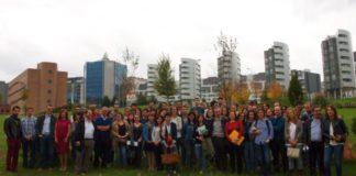 Os investigadores da rede REGATA, reunidos en Santiago.