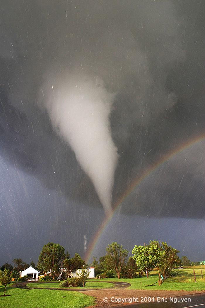 Tornado e Arco da vella en Kansas