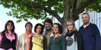Fran Ramil e Ana Ramos con investigadores do Departamento de Ecoloxía e Bioloxía Animal da UVigo.