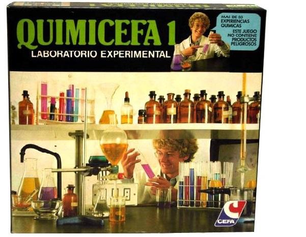O Quimicefa garantía aos rapaces 'Experiencias Químicas'.