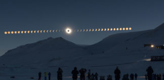 Eclipse total sobre Svalbard