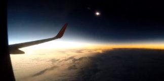 Eclipse de Sol desde un avión