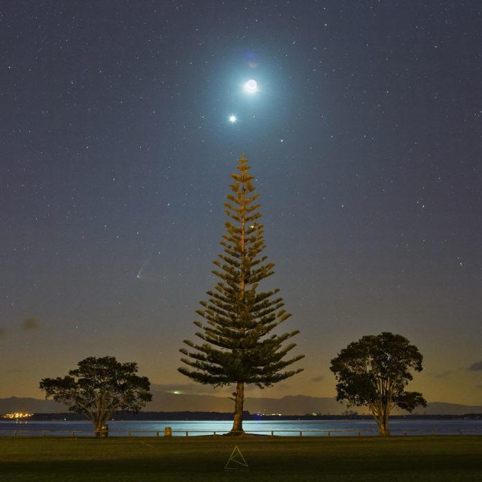 Créditos da imase e copyright: Amit Kamble (Auckland Astronomical Society); Anotacións complementarias: Judy Schmidt