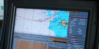 Navigation_system_on_a_merchant_ship
