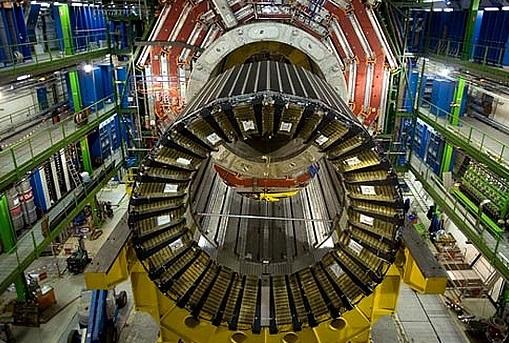 Imaxe do Gran Colisionador de Hadróns (LHC).