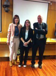 Azucena Mora, Alexandra Herrero e Jorge Blanco, na Facultade de Veterinaria.
