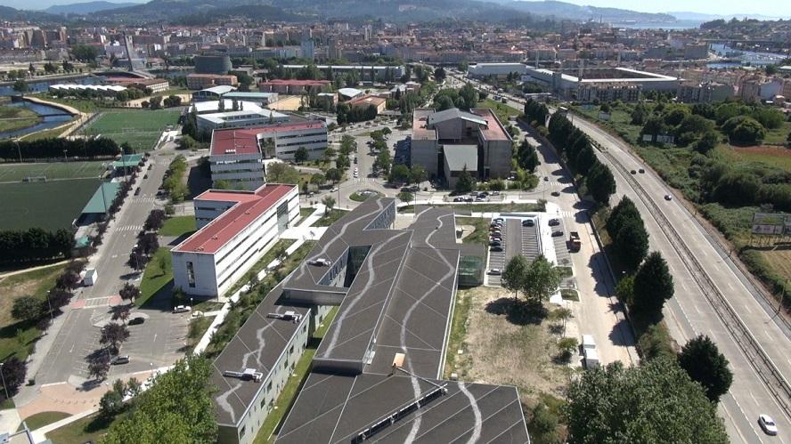 Vista aérea do campus de Pontevedra.