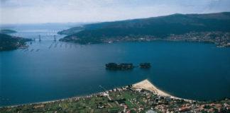 Vista da enseada de San Simón, no fondo da ría de Vigo.