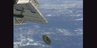 Momento do lanzamento do Serpens dende o módulo Kibo.