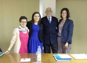 Loreto Gestoso (segunda pola esquerda) xunto ao tribunal de tese.
