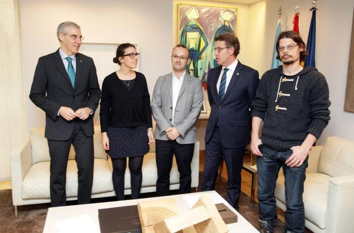 Elena Ojea, xunto a outros dous ERC, o conselleiro Conde e o presidente Feijoo.