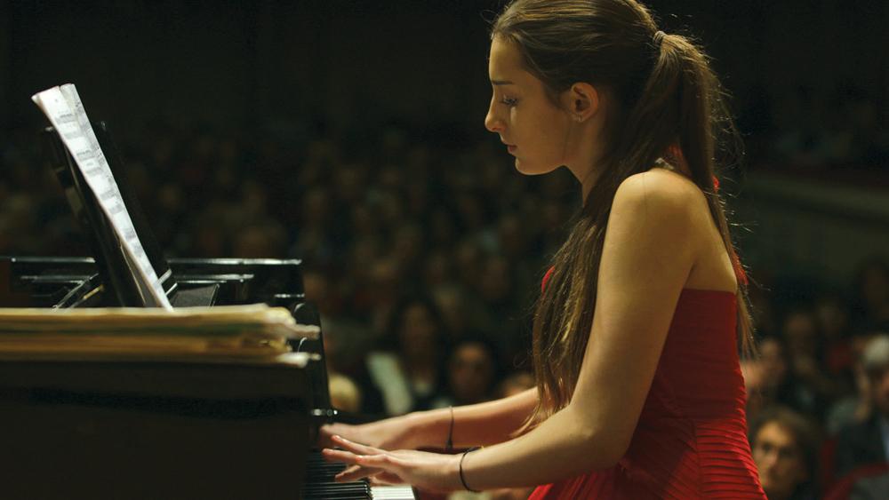 Os adolescentes que aprenden música vólvense mellores lectores.