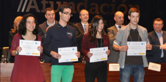 Tania Penas xunto ao resto de premiados na Olimpíada de Bioloxía.