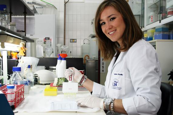 A investigadora da Universidade de Sevilla, Mª Ángeles Rosillo.