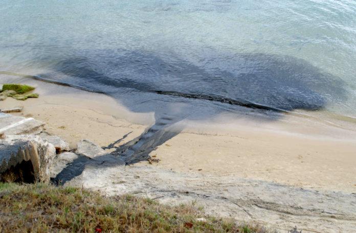 Galicia acumula 33 das 58 zonas de baño de España que teñen unha calidade insuficiente.