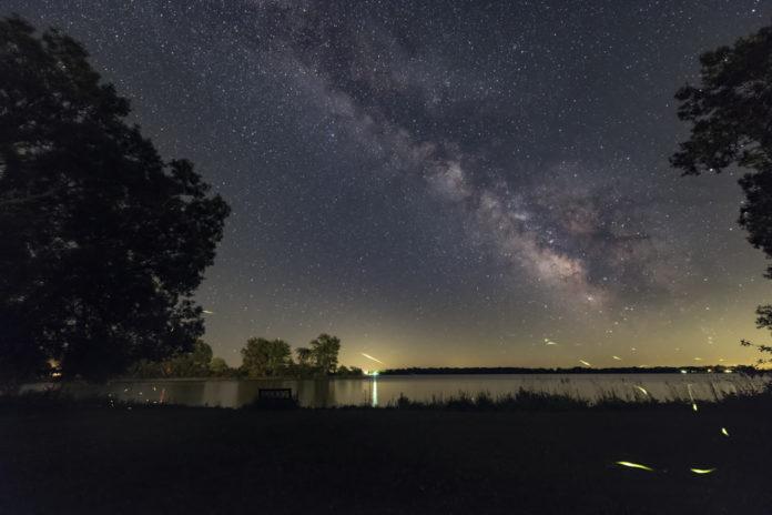 Créditos da imaxe e copyright: Malcolm Park (North York Astronomical Association)