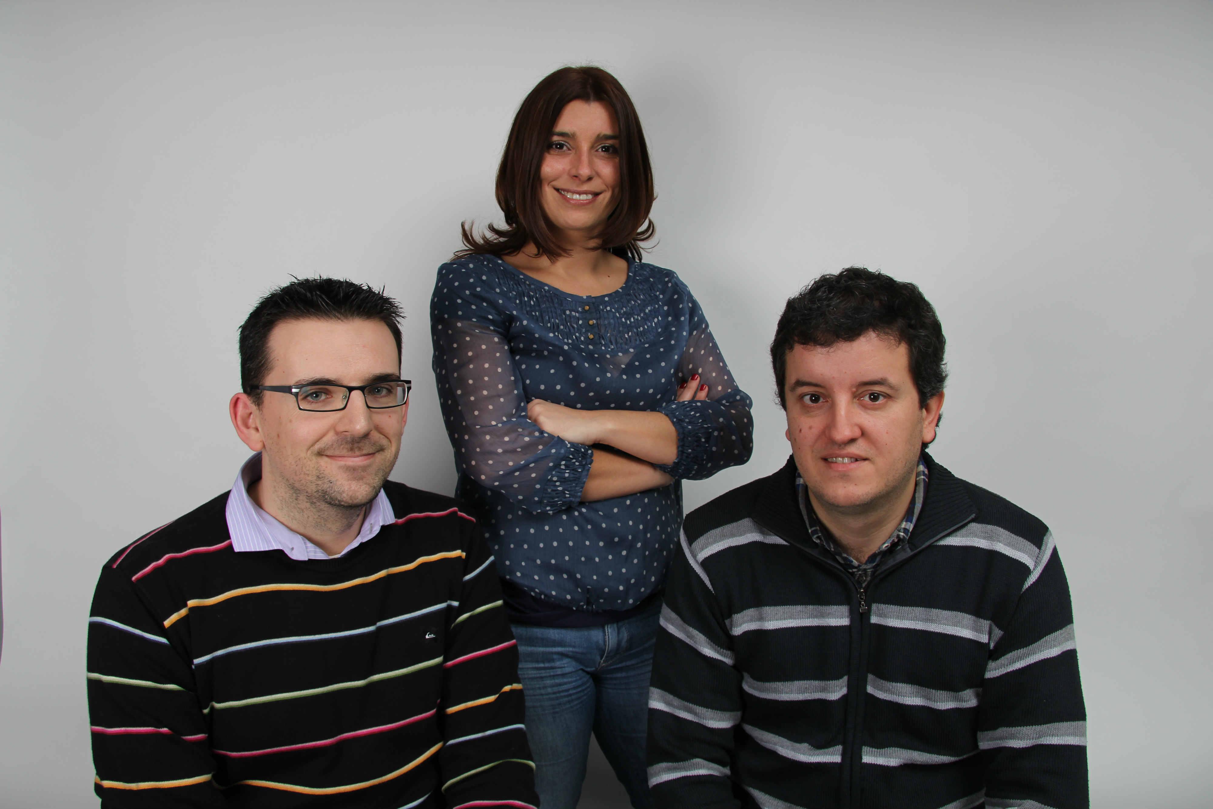 O equipo de Monet, de esquerda a dereita: ose Antonio Gay, Débora Franco e David Rey.
