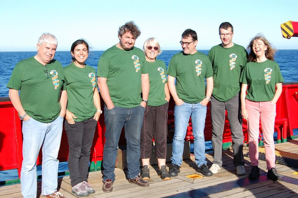 Os científicos franceses a bordo do Sarmiento de Gamboa.