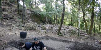 Os restos de cerámica atopados evidencian a ocupación castrexa de Formigueiro /DUVI.