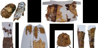 Pezas de Ötzi tal e como se exhiben no Museo de Arqueoloxía de Bolzano: zapato co interior de herba (esquerda) e o exterior de coiro (dereita), abrigo de coiro, taparrabos de coiro, capa de herba, chapeu de pel e polainas de coiro. / Institute for Mummies and the Iceman.