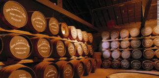 Barrís de Jameson, marca de whiskey que financia o estudo en Lugo.